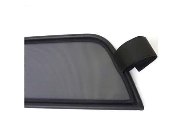 filet coupe vent anti remous windschott mercedes slk 3 r171 cabriolet. Black Bedroom Furniture Sets. Home Design Ideas