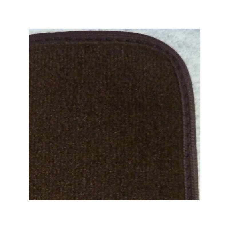 tapis avants petit tunnel en moquette velours peugeot 304